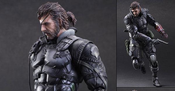 Venom Snake Sneaking Suit pela Square Enix