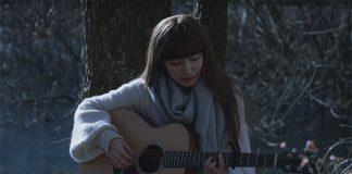Videoclip do opening de Hakumei to Mikochi