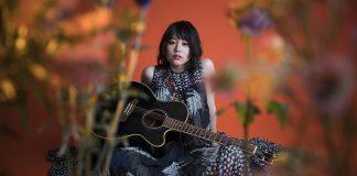 Novos temas de abertura e encerramento de Black Clover por Miyuna