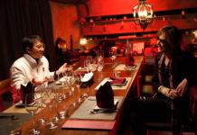 Yoshiki dos X Japan pede desculpa por jantar com Jackie Chan