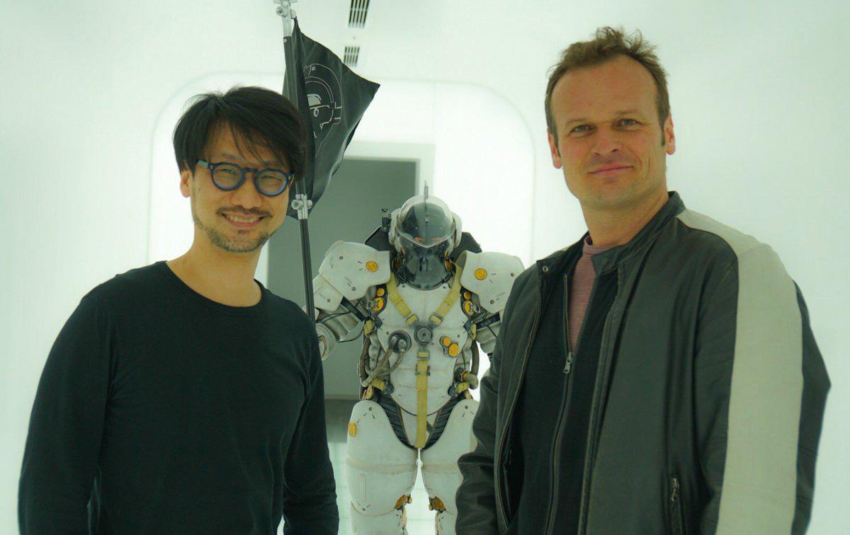 Foto de Hermen Hulst com Hideo Kojima